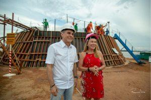 Romero Jucá e Teresa visitam a obra do Parque do Rio Branco
