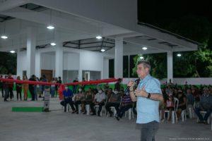 Como senador de Roraima, Romero Jucá conseguiu os recursos para a construção da Rodoviária de Amajari. Na foto, ele fala durante a inauguração do local