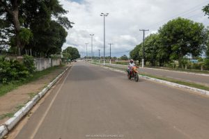 Imagem de rua asfaltada em Caracaraí