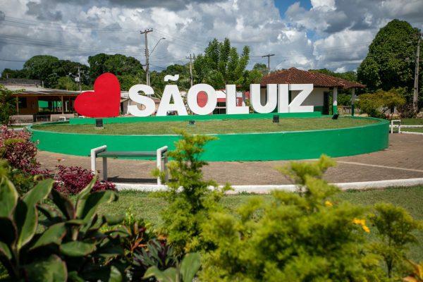 Letreiro de São Luiz, município de Roraima, na Praça da Cidade