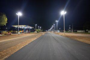 Baliza Melhor com iluminação e asfalto