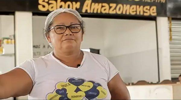 Marilena Freitas em frente ao seu box na feira Amazon Dala, resultado de uma Rorainópolis melhor