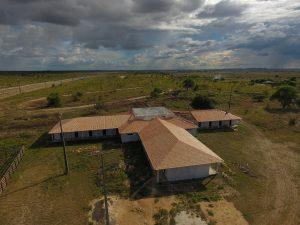 Imagem aérea de Parque de Exposição de Bonfim que está sendo ampliado.