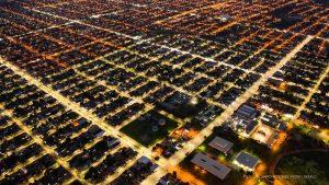 Imagem aérea de Boa Vista mostra iluminação de LED