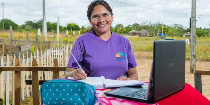 A professora dá aula na área rural de Boa Vista