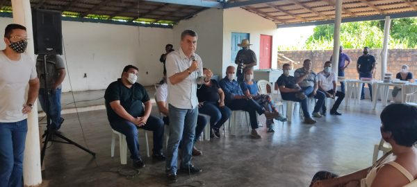 Jucá falando em Campos Novos
