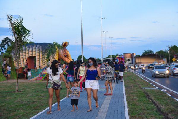 Passeio em família no Parque do Igarapé do Pricumã