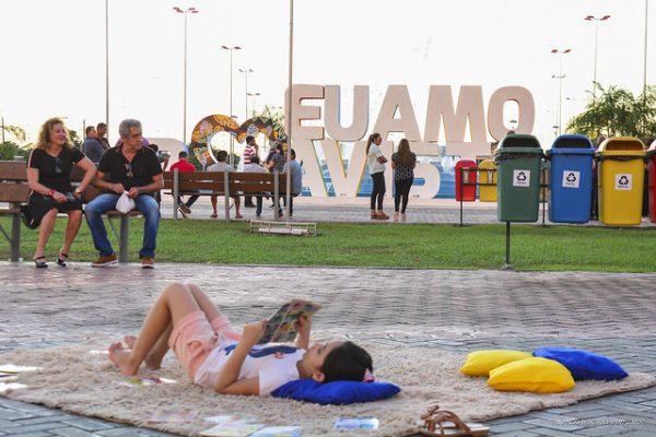 A Praça das Águas é um loca de convivência e muita diversão