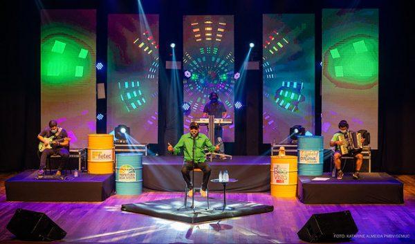 Festival de Música com o cantor Zerbini Araújo, artista tradicional da cultura de Boa Vista