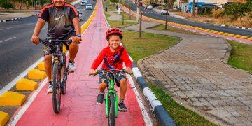 Ciclistas aproveitam as ciclovias de Boa Vista para praticar esportes