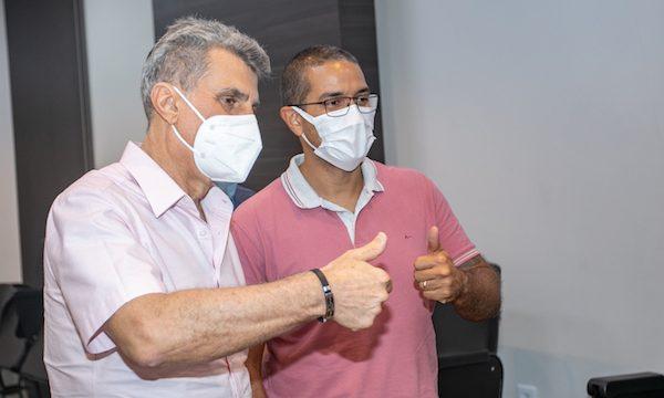 Romero Jucá com o prefeito de Boa Vista Arthur Henrique